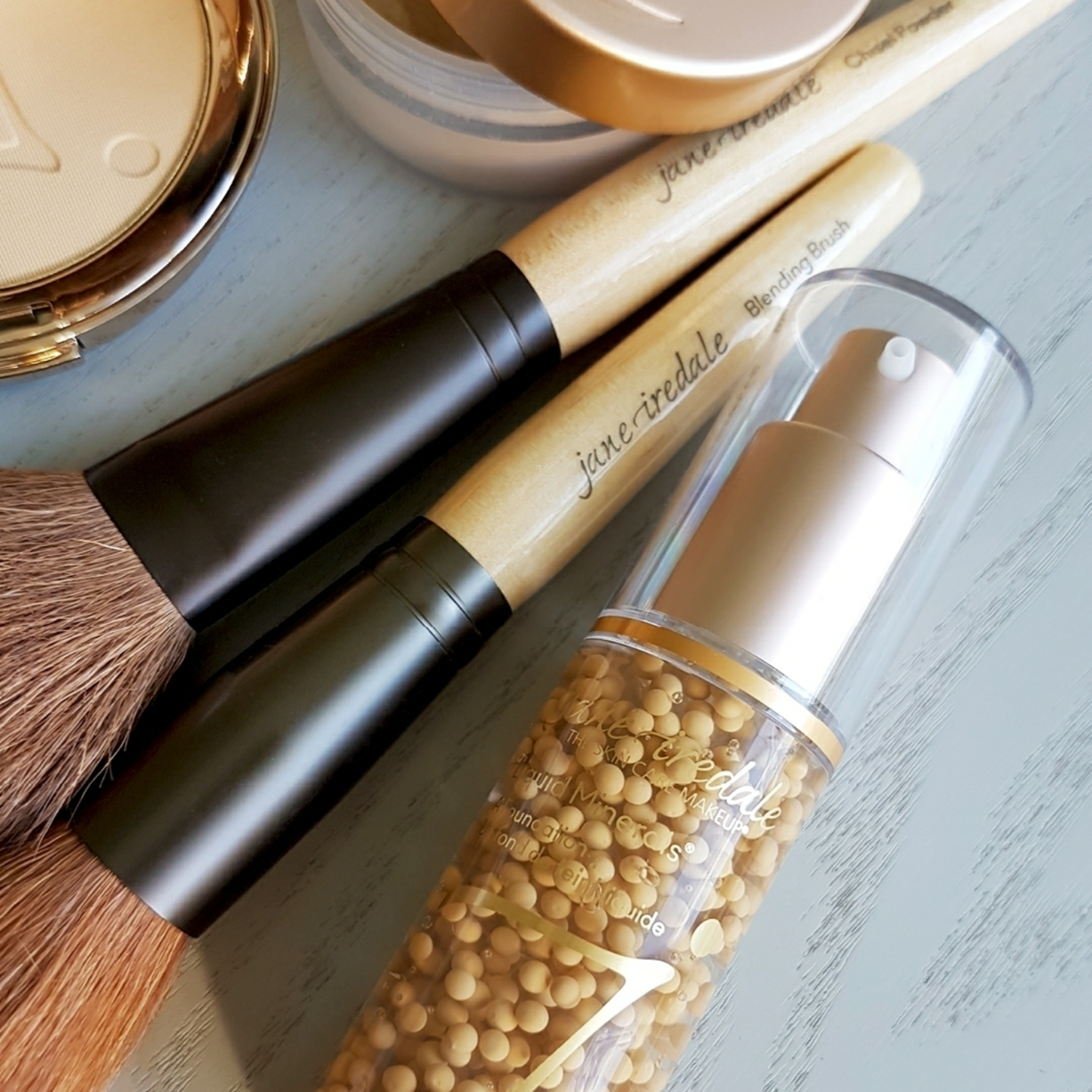 Article on Best Foundation for Sensitive Skin Makeup