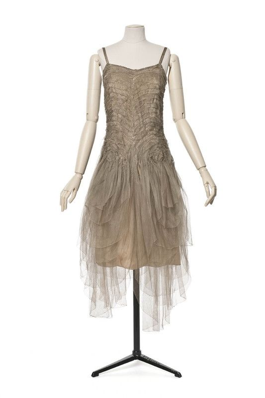 Madeleine vionnet maison de couture 1922 collection for 1920 s haute couture