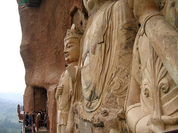 Buddhist complex Maytszishan is little known. It is located in Gansu Province in northwest China. This is a striking architectural complex, carved out of the rock. Maytszishan has 7000 Buddhist sculptures and nearly 1,000 square meters of murals.