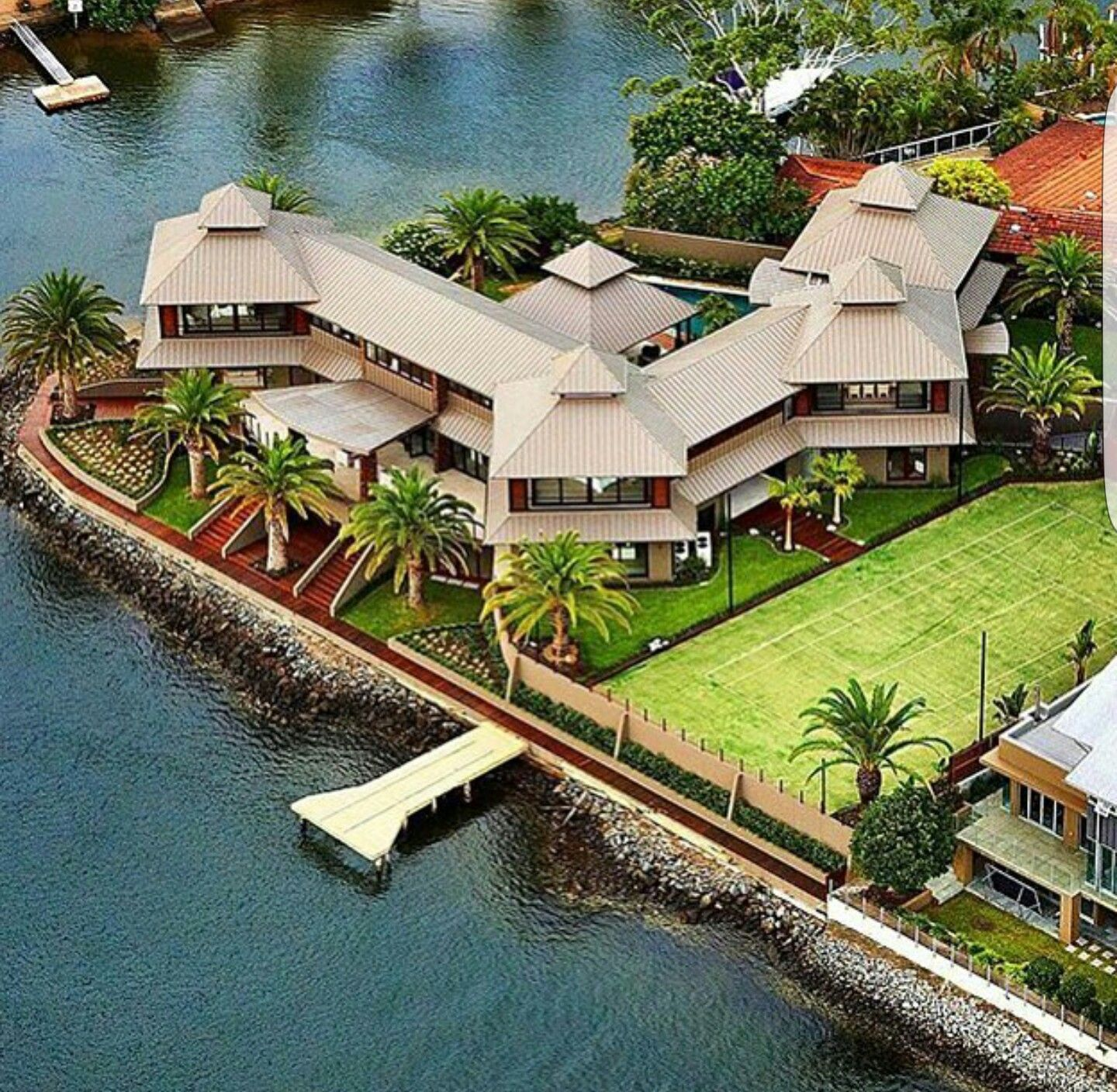 Hawaiian Home Design Ideas: Mansions, Luxury House Designs