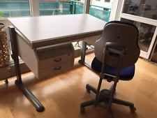 moll - Höhenverstellbarer Kinder und Jugend Schreibtisch mit Stuhl, weiß/grau
