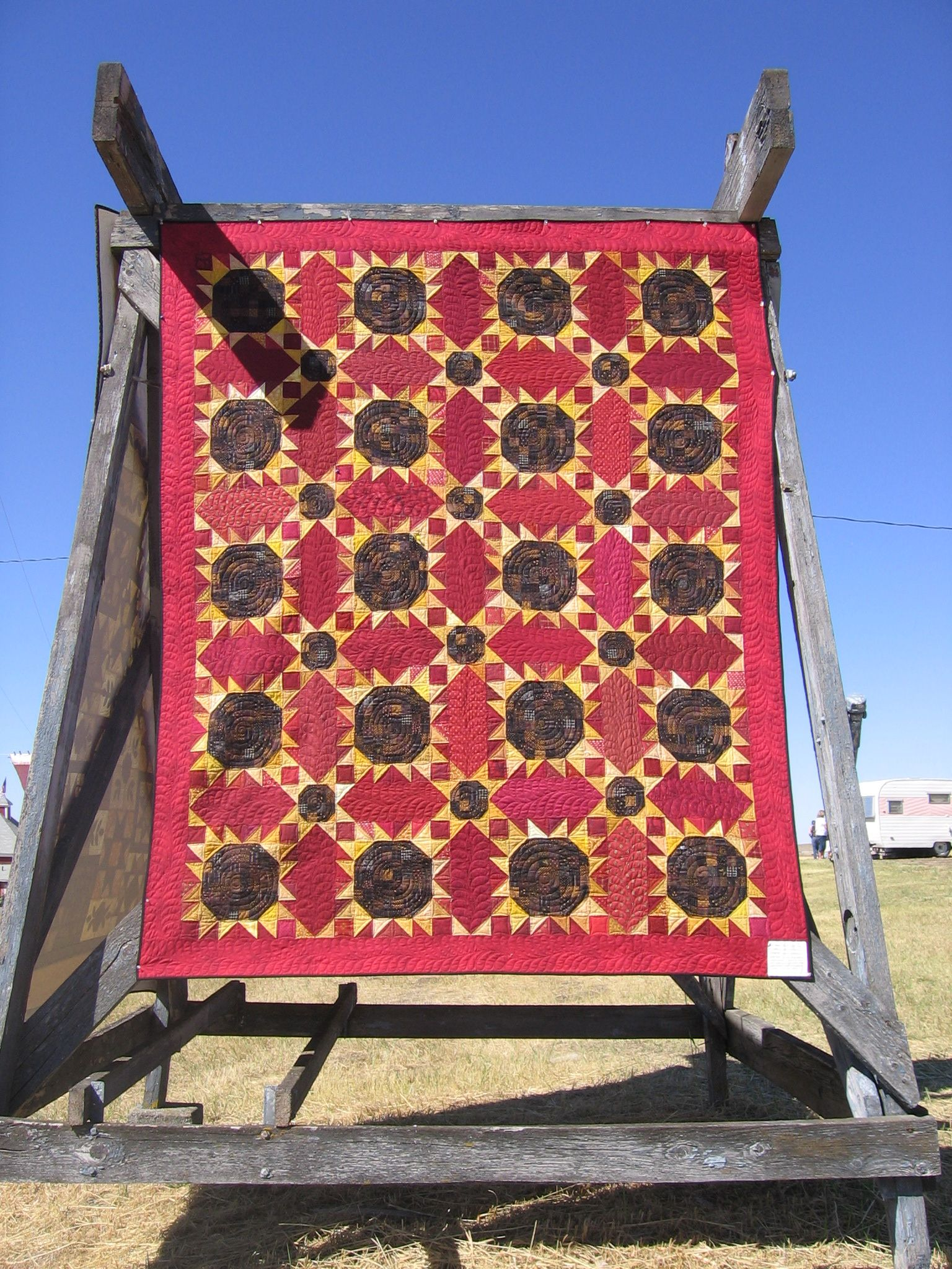 Love this quilt! From the Buggy Barn quilt show | quilting buggy ... : buggy barn quilt show - Adamdwight.com