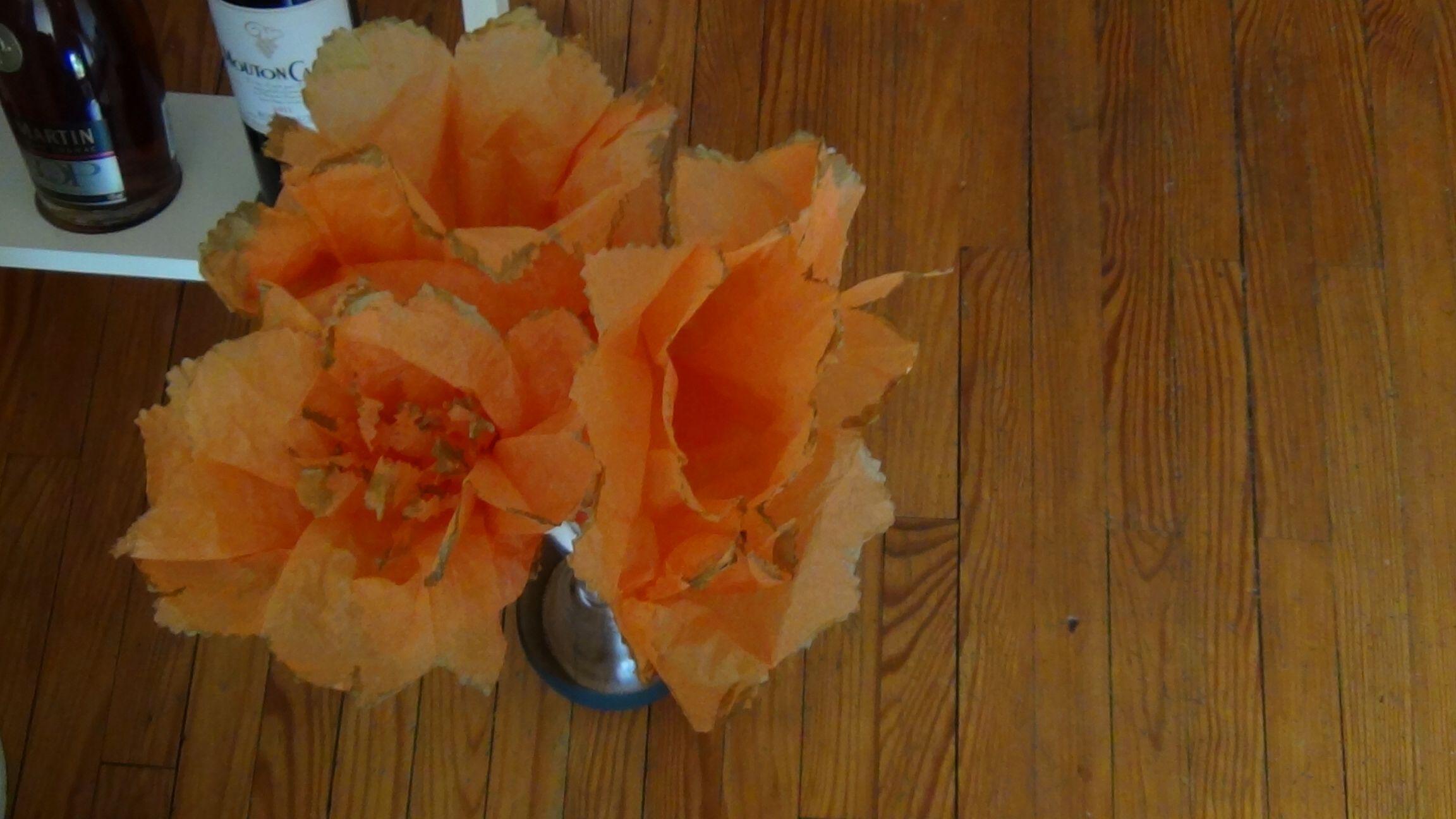 Lys en papier de soie  Fleurs papier de soie  Pinterest