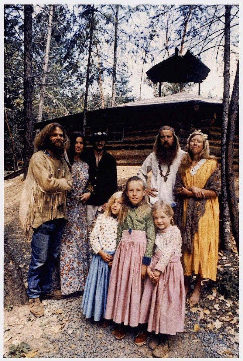 Society's Dropouts: 48 Eye-Opening Photos Of America's 1970s Hippie Communes