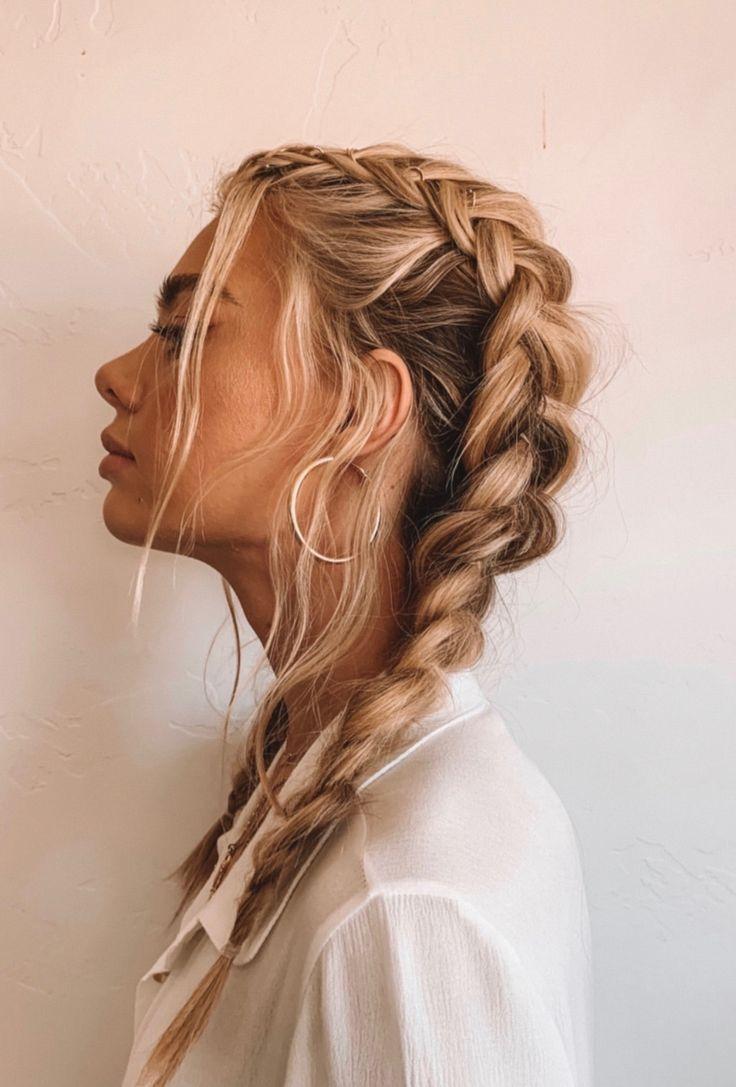 Blonde Braided Hairstyles Braidedhairstyles Braidedhairstylesforblackwomen Braidedhair Braidedhairstylestutorials Dutchbr Hair Styles Hair Looks Hairstyle