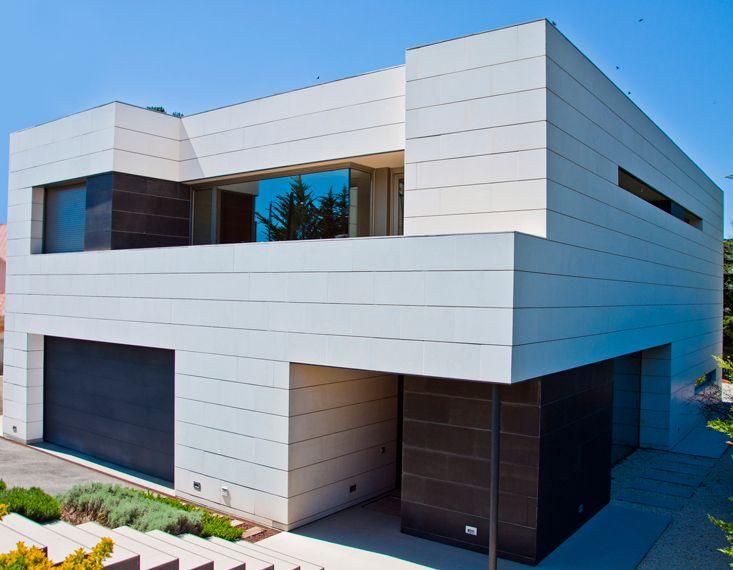 Fachadas ventiladas piedra natural materiales fachada for Fachadas de casas modernas con piedra