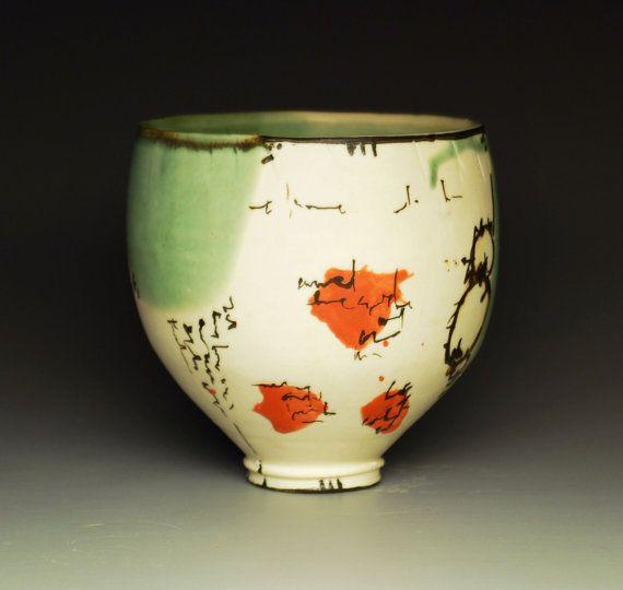 Hotel Fire Ceramics I Ll Go Tea Bowl I Love How Free The Decoration Is Ceramic Pottery Ceramic Bowls Ceramic Tableware