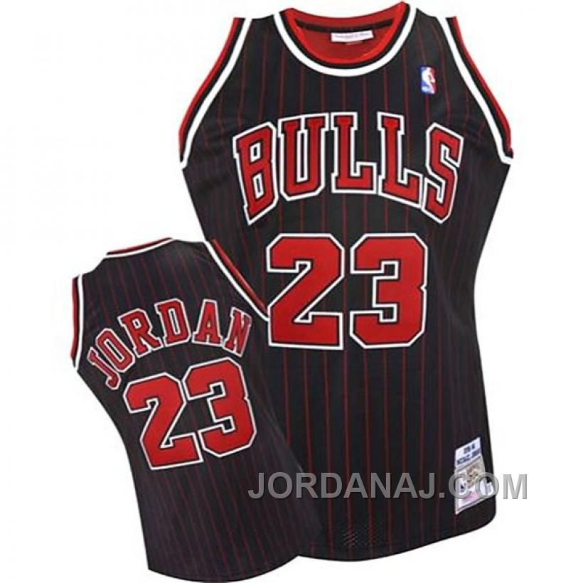 sale retailer b6d07 ffc2d Pin by zarry on Jersey | Chicago Bulls, Michael jordan ...