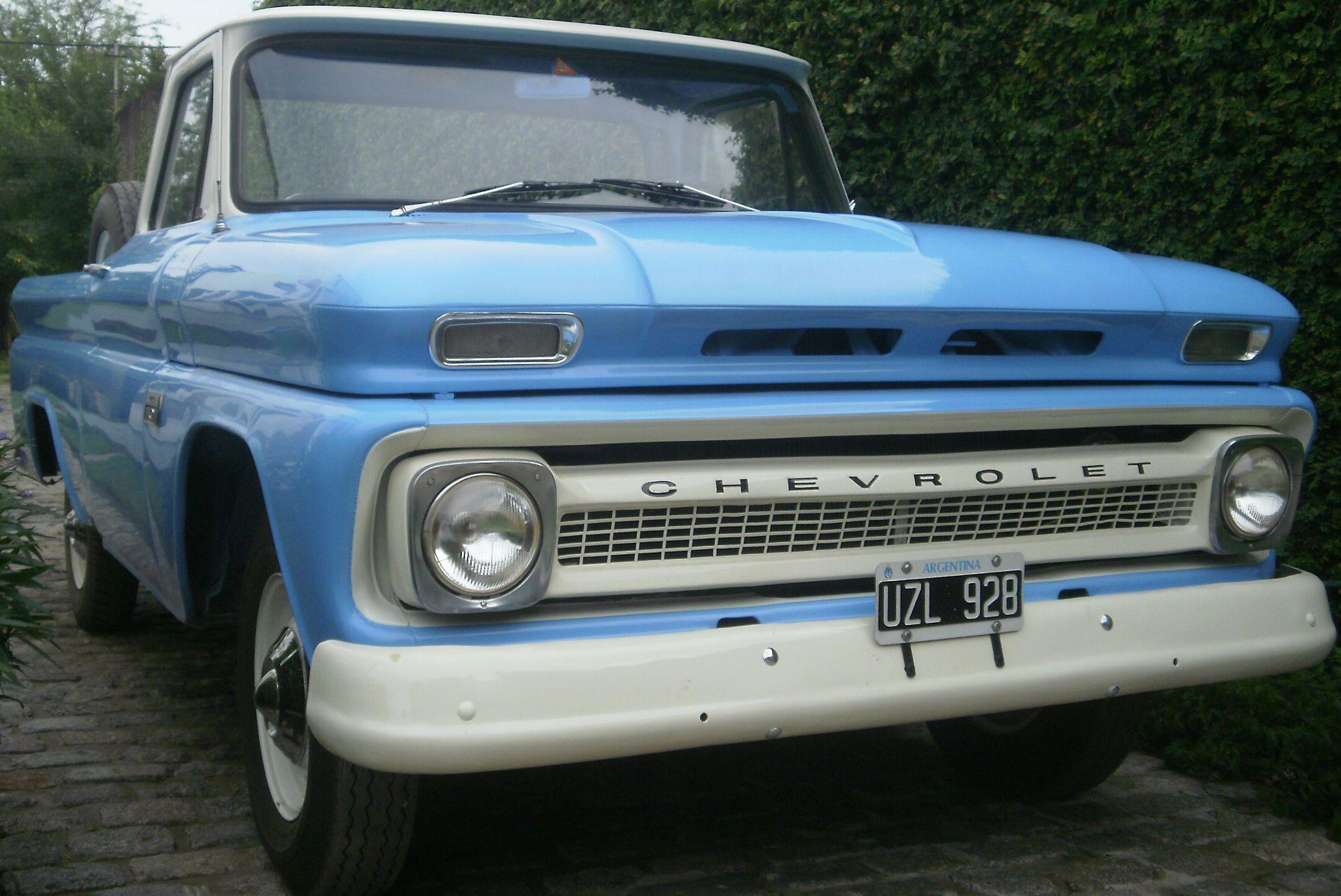 Chevrolet del año 1966 apache