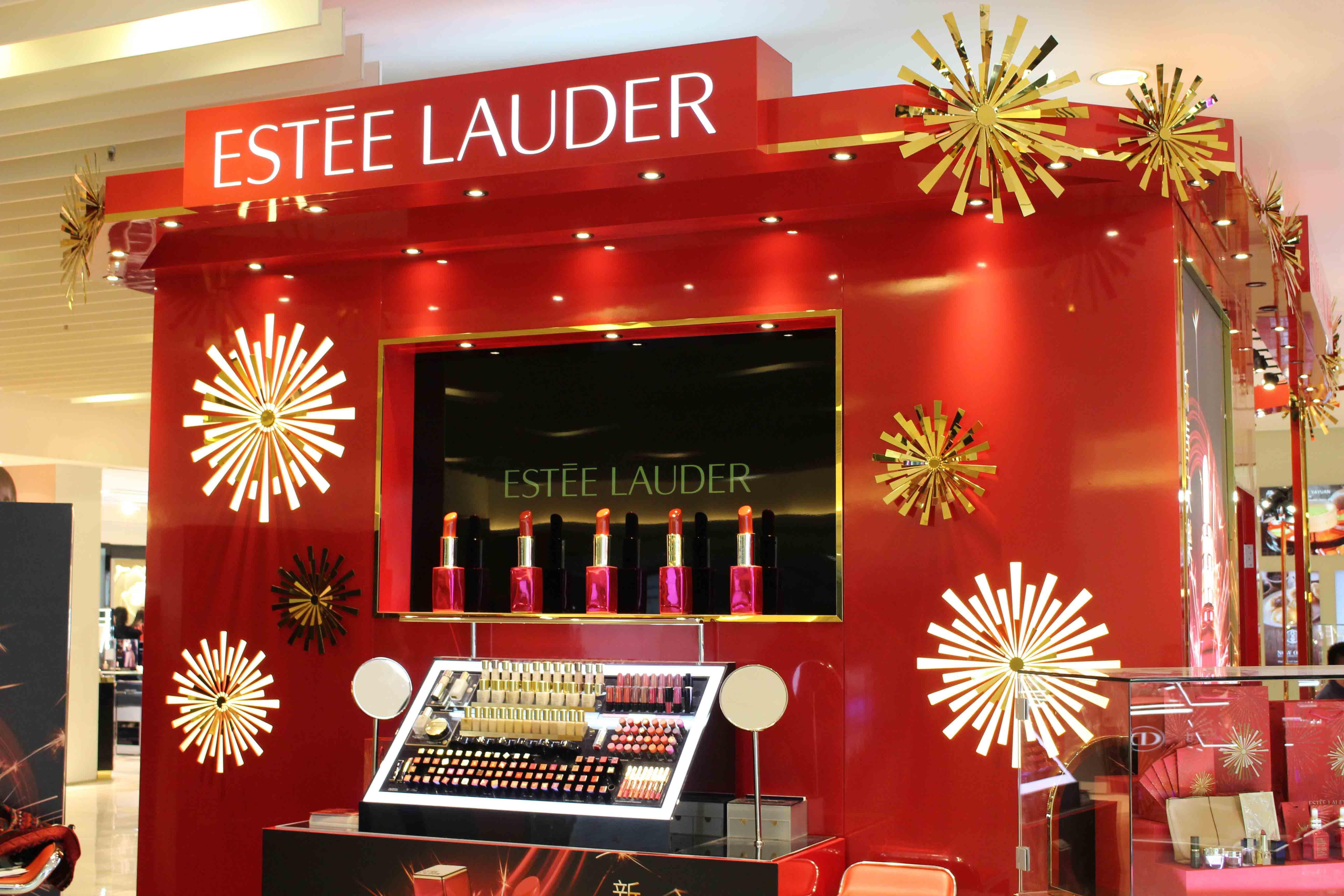 Estee Lauder Pop Up Store Pop Up Store Store Design Interior Pop Up Stores