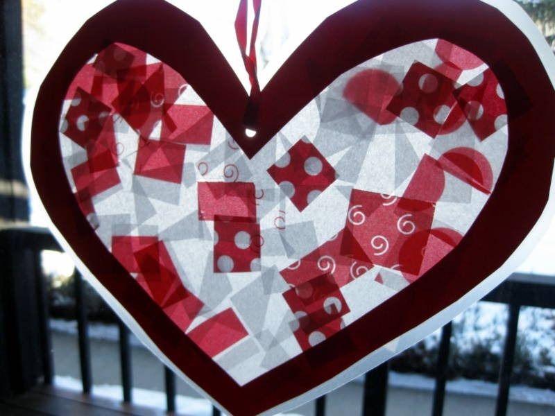 From Little Hands and Big Hearts. #simplyfamilymagazine #valentines #artsandcrafts #DIY