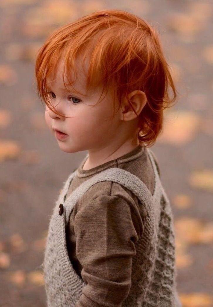 Rote Haare Junge