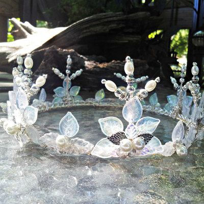 Winter Woodland Crown Tiara from Thyme2dream #crowntiara