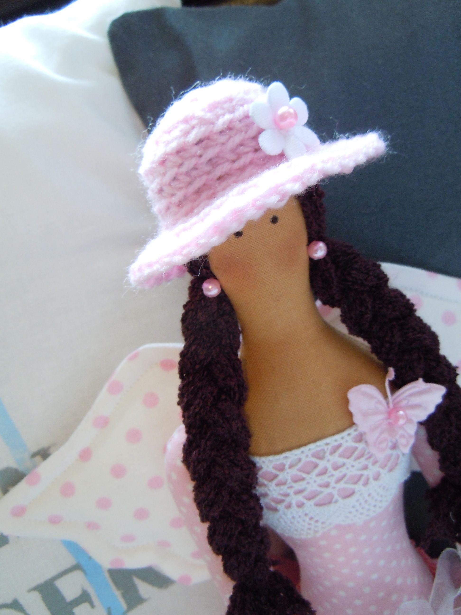 Ružová v klobúčiku …