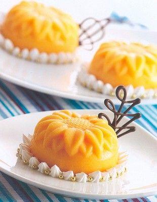 Pudding: Mango, mandarin, vanilla, passion fruit... All flavors.