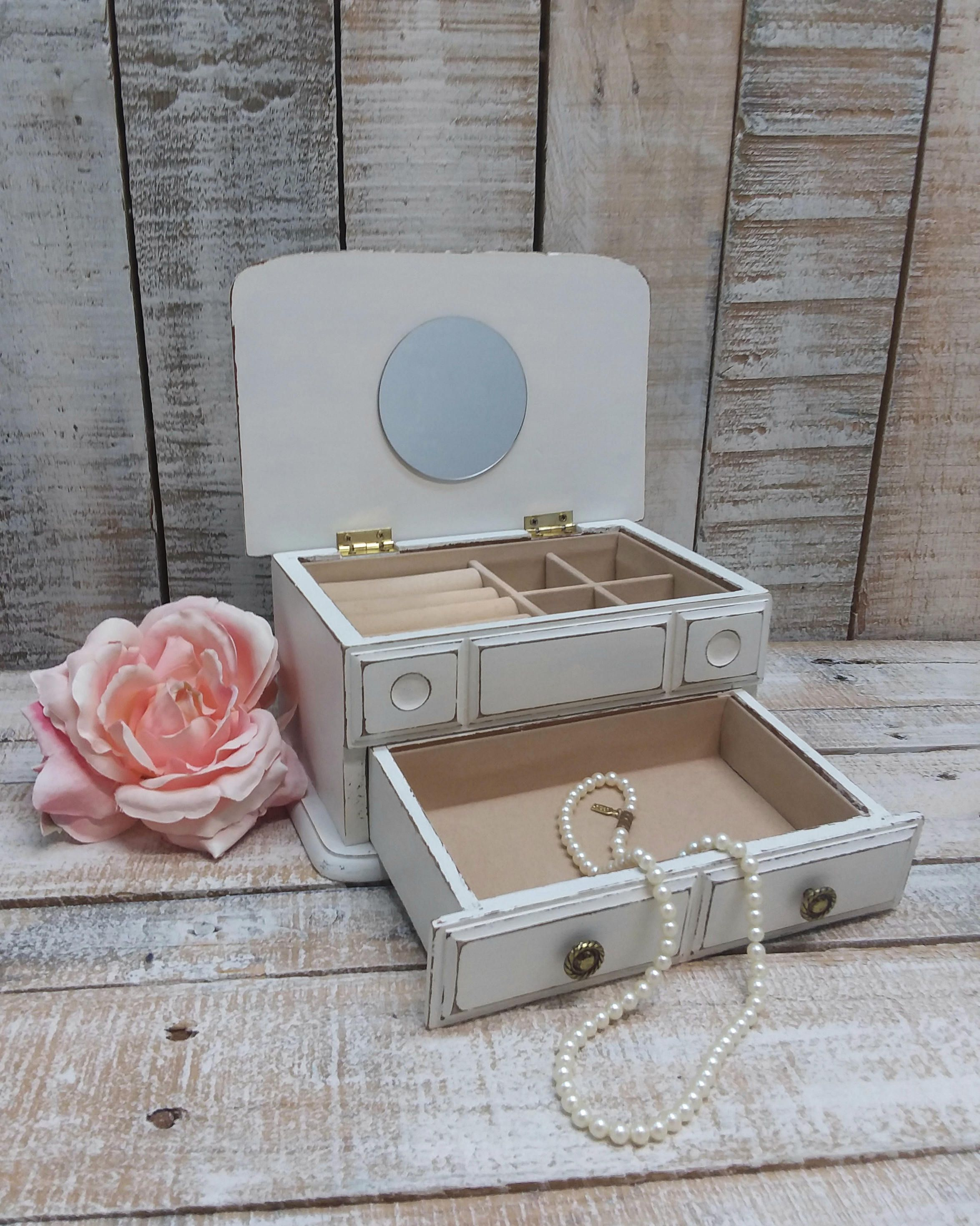 Pink and white rustic jewelry holder