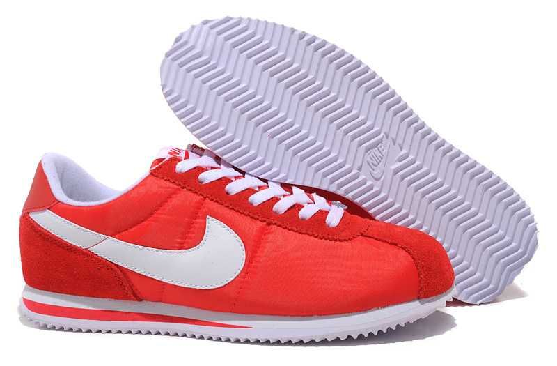 Nike Classic Cortez Leather W chaussures argent