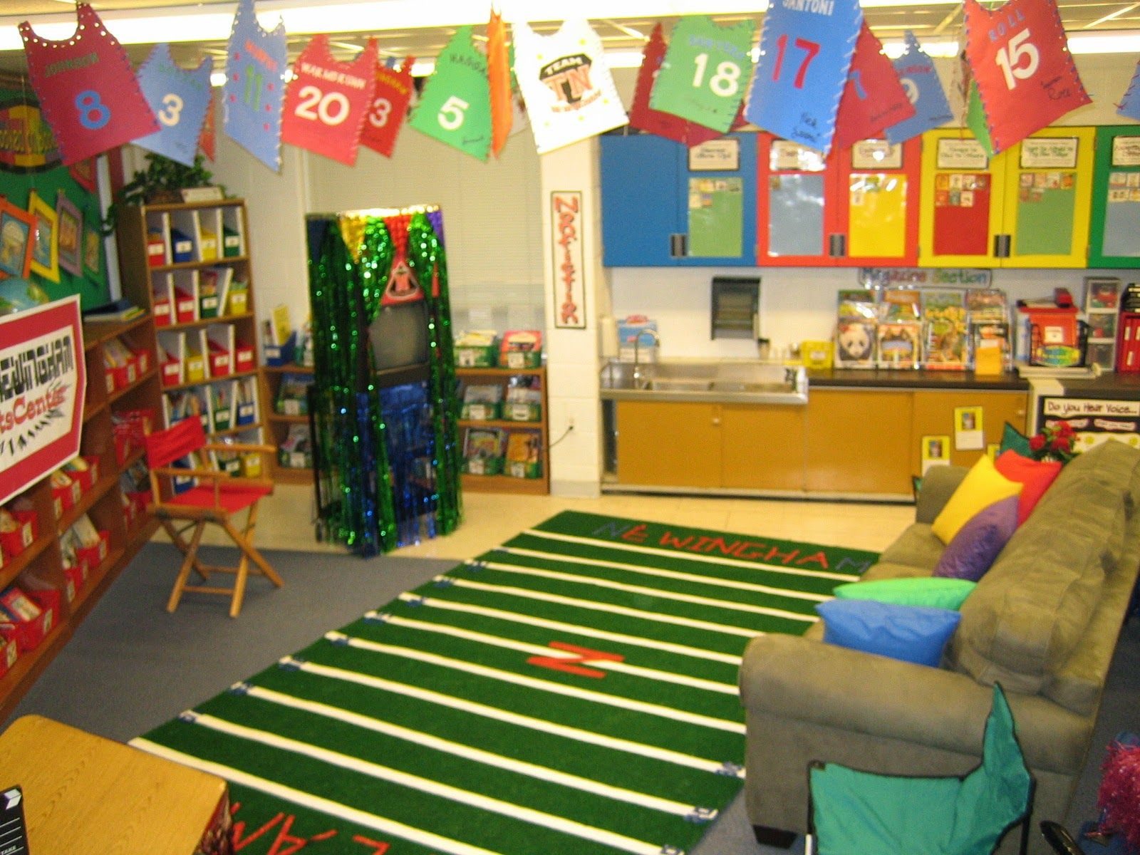 Yellow Classroom Decor : Sports themed classroom ideas & printable classroom decorations