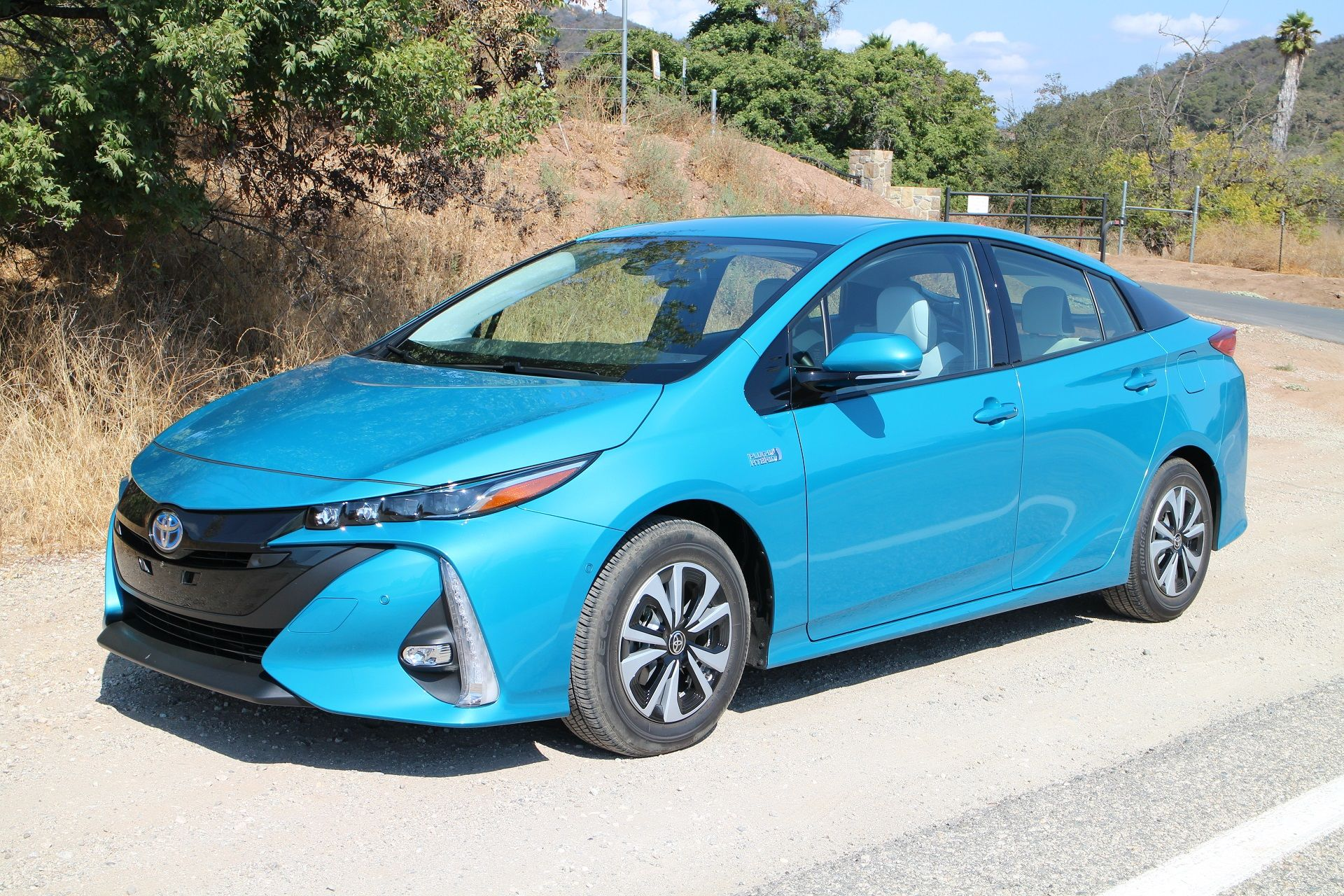 Best Deals On Plug In Hybrid And Electric Cars For July 2019