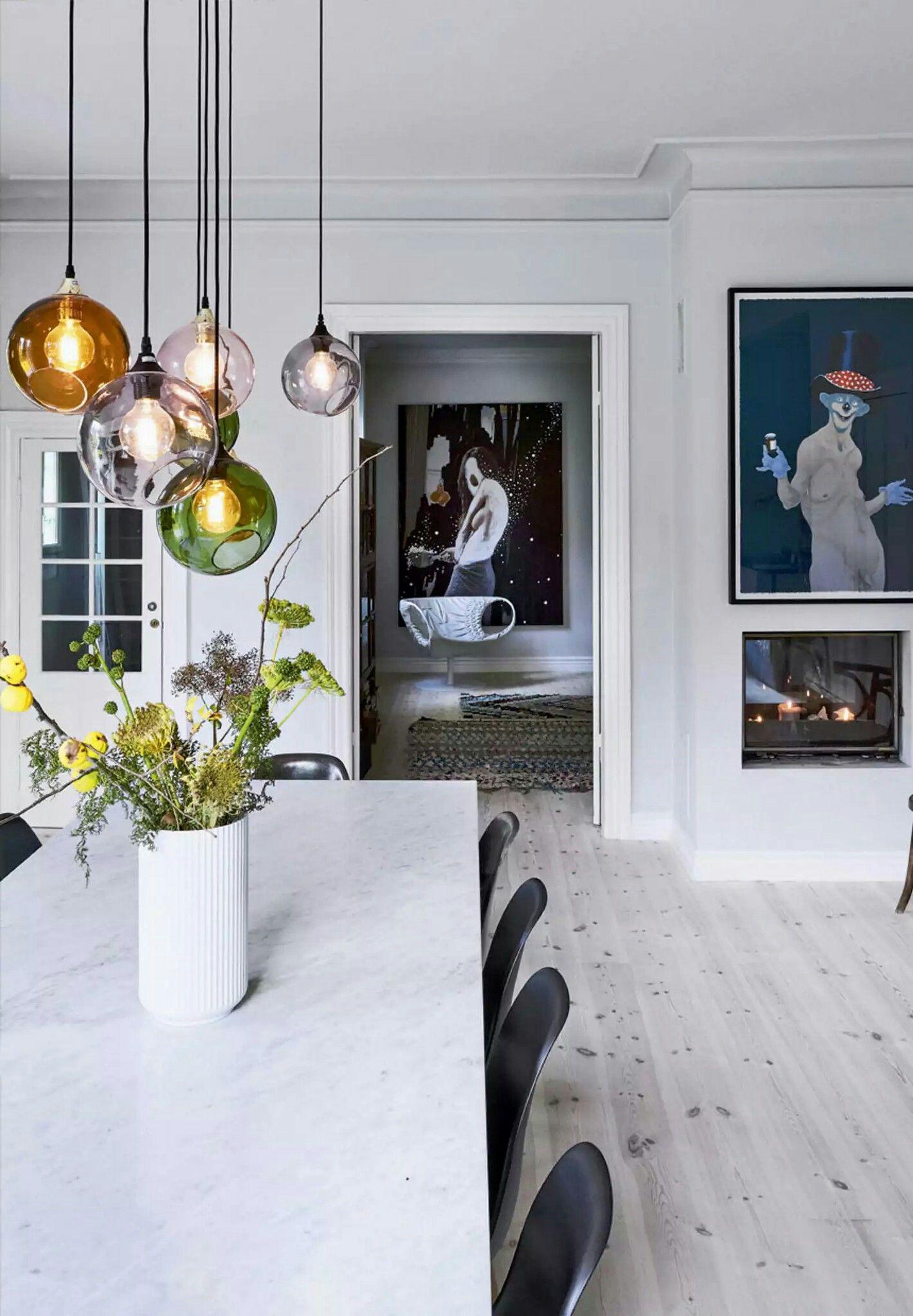 Épinglé Par A L E S S A Sur Dining Space Pinterest Suspension - Table salle a manger console pour idees de deco de cuisine