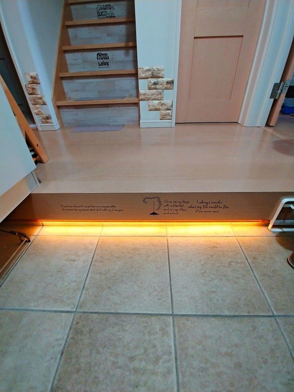 Diy 人感ledテープライトで玄関にウェルカム照明をdiy 照明 家 Diy 家