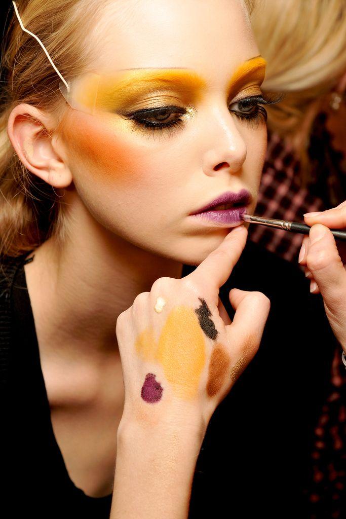 shialablunt:  Tanya Dziahileva backstage at Dior F/W 2009