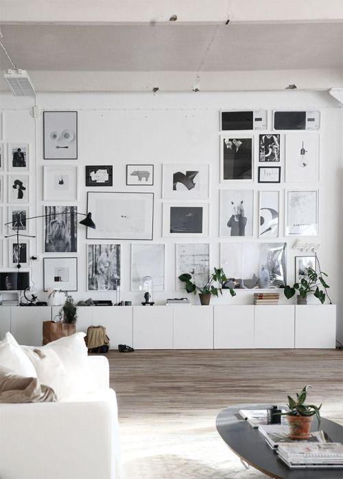 gallery wall f r s wohnzimmer bis unter die decke wohninspiration pinterest. Black Bedroom Furniture Sets. Home Design Ideas