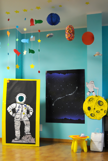 Astronautenhelm mit Fotoausschnitt