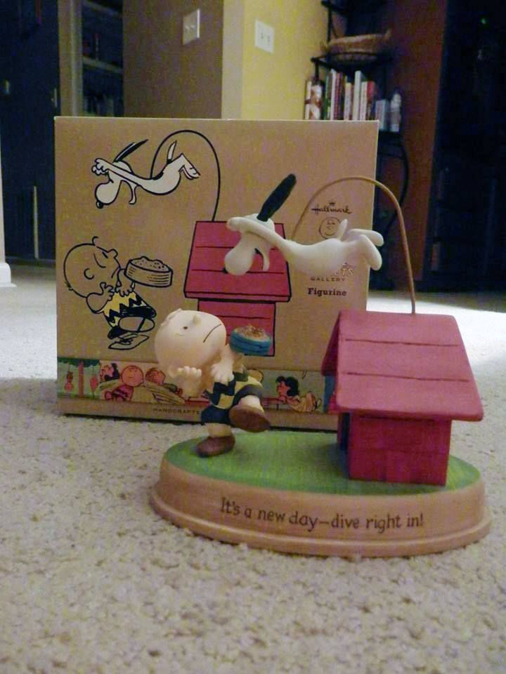 https://www.facebook.com/CollectPeanuts/photos/pcb.10153605298036928/10153605296901928/?type=3