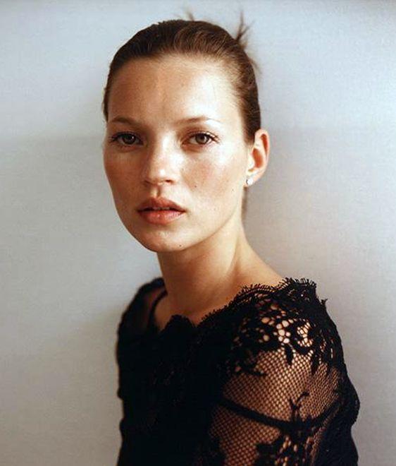 Kate 1999, par Richard Dumas de Kate Moss par les plus grands photographers