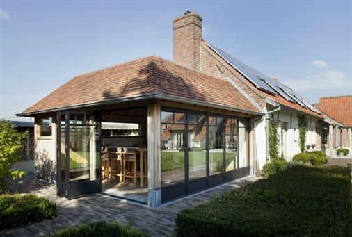 Bourgondisch kruis realisations pool house archi
