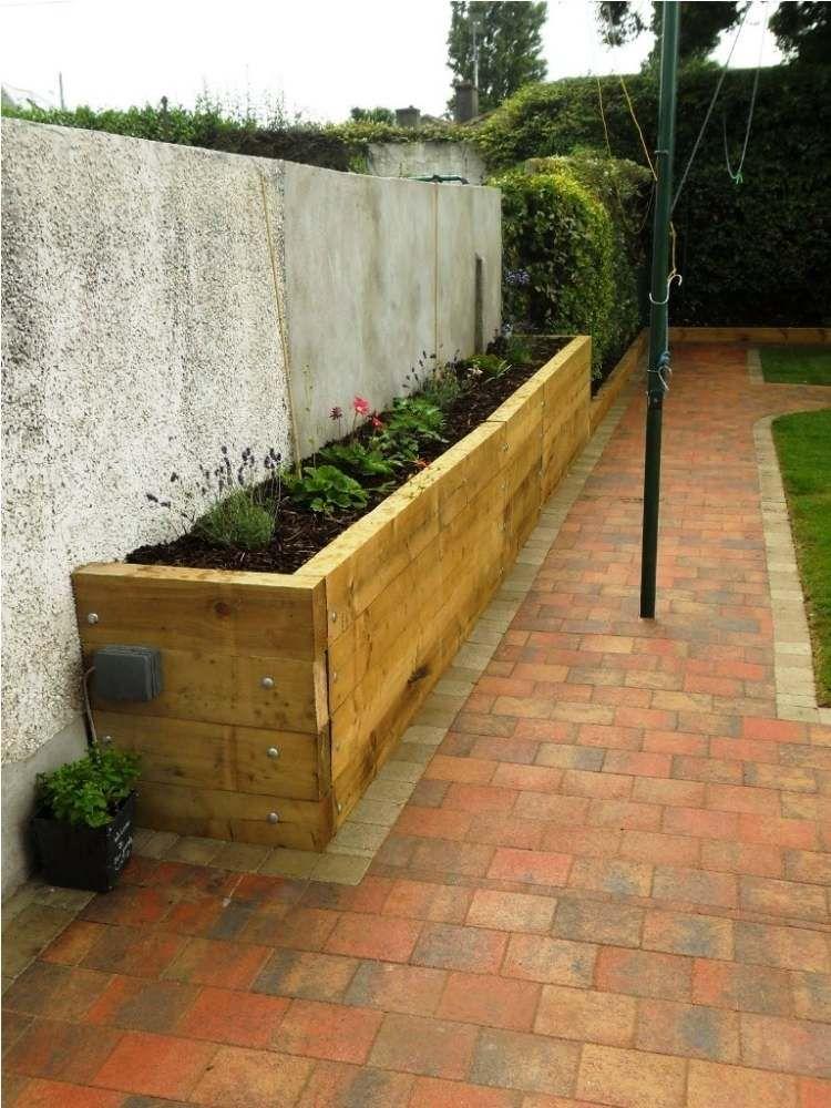 Bac à fleurs en bois à faire soi-même- plus de 52 idées DIY - terrasse pave et bois