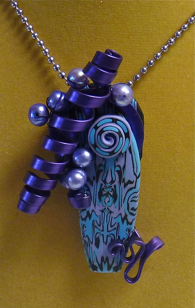 2012 TAD Day 11 1st Ribbon Wire Pendant | by auntgriz