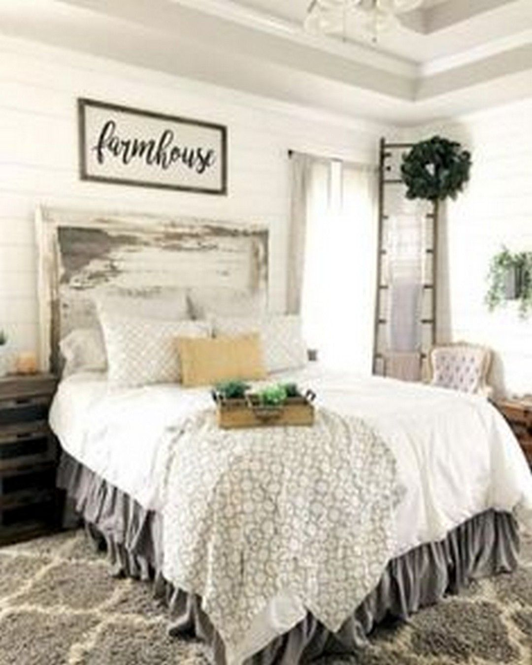 How to maximize bedding appearance by applying farmhouse master bedroom https www