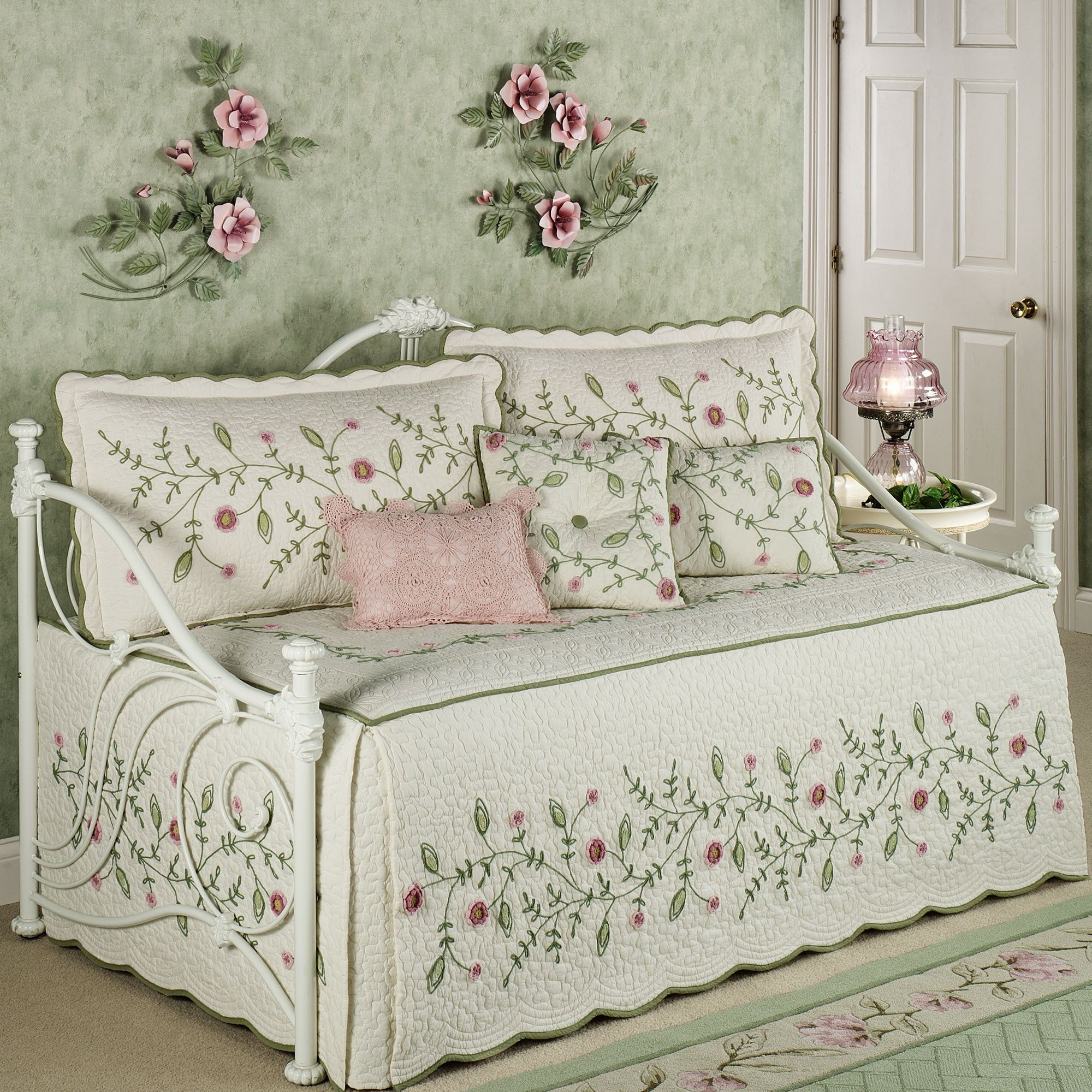 set bedding quilt ruffled floral flax daybed quilts rose p vintage