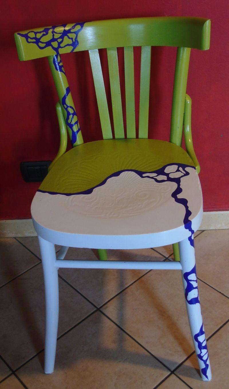 Sedia originale in legno, in stile Liberty, dipinta in