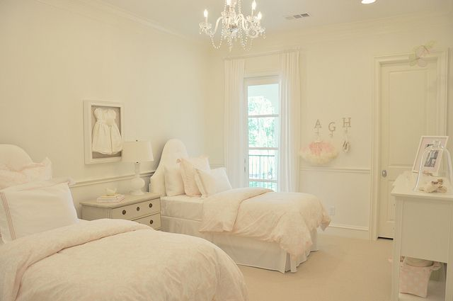 Big girl bedroom. Love. It. Favourite colour and style!