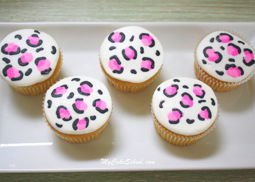 Leopard Print Buttercream Cupcakes~ Minute Video! #crustingbuttercream