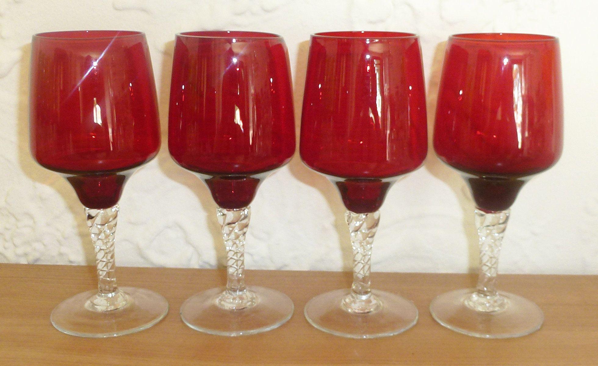 Set Of 4 Vintage Claret Ruby Red White Wine Glasses Tumblers Etsy White Wine Glasses Unique Glassware Wine Glasses