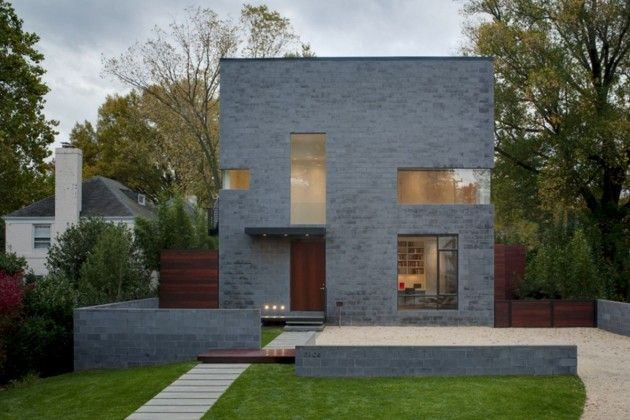 Hampden Lane House By Robert Gurney Architect Cinder Block House Concrete House Modern Barn House