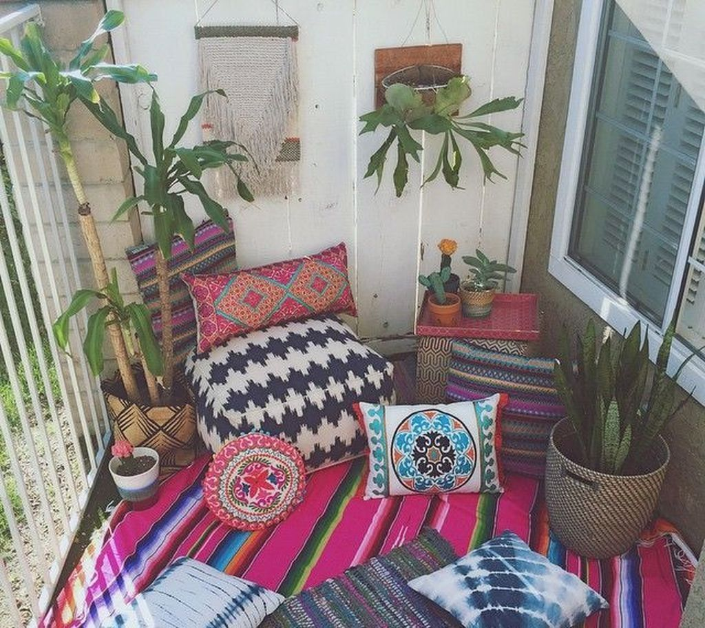 Awesome Bohemian Bedroom Decor Ideas With Plants 08 bedroom #awesome #bohemian #bedroom #decor #ideas #with #plants #08