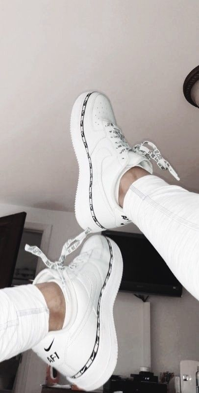 pinterest: tessadehaan27 | Vrouwen nike schoenen, Nike