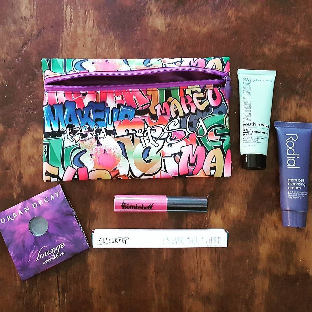 My #ipsy #juneglambag has arrived!!!   As a wahm I look forward to this every month. It's $10 very well spent. Im excited to try it all. @caitlinshuler what did you get? . . Sign up through my link  http://ift.tt/1UqR1F6 . . #makeup #makeupfanatic #ipsybag #treatyoself @ipsy