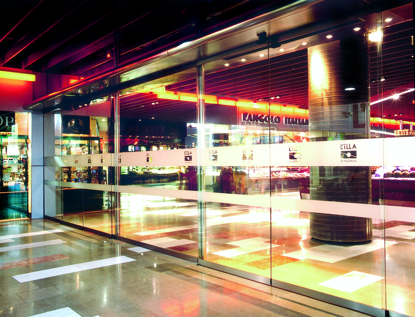 Centro comercial l 39 illa diagonal barcelona centro comercial l 39 illa diagonal pinterest Centro comercial lilla