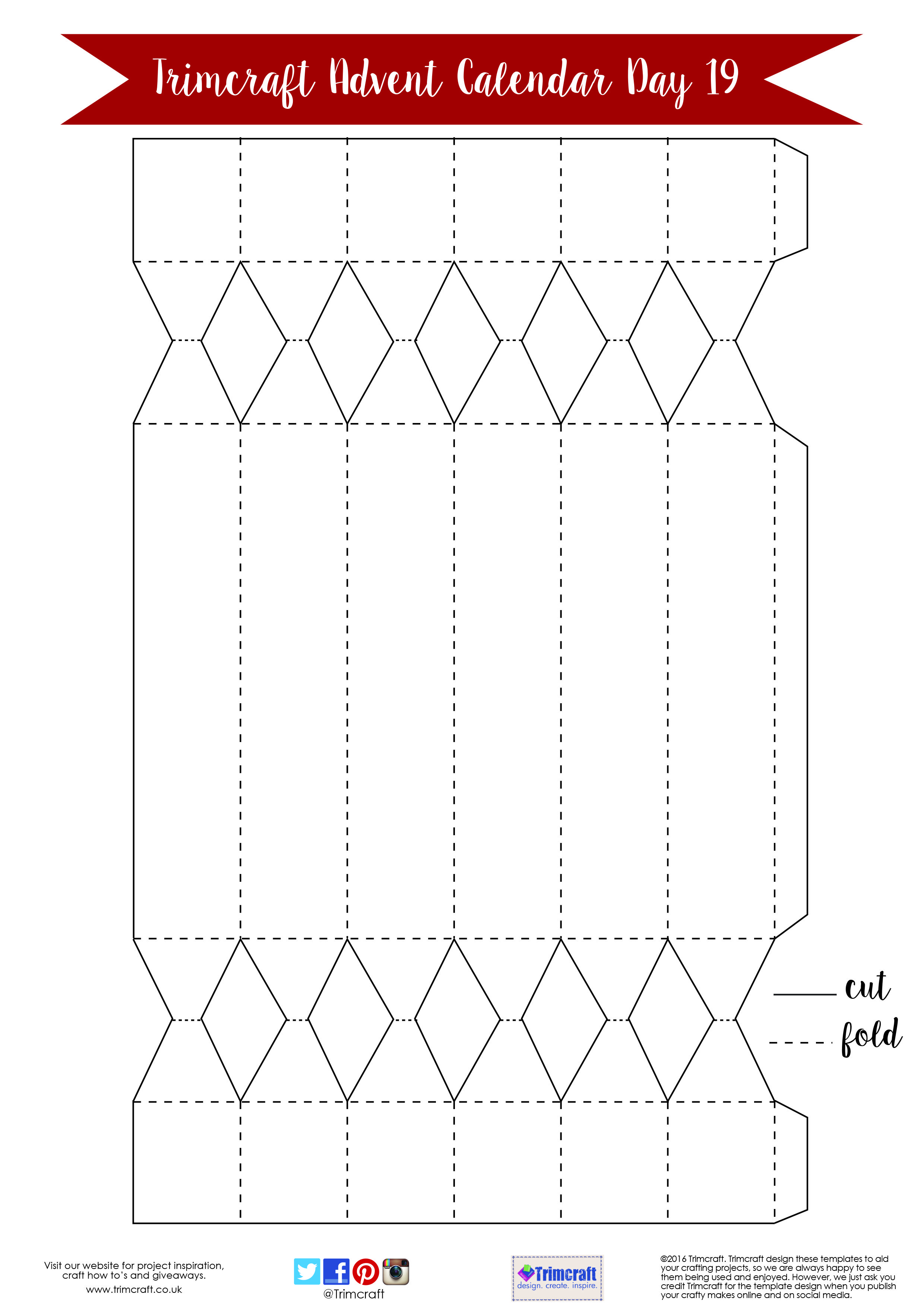 Trimcraft Advent Calendar Day 19- Free Hexagonal Christmas Cracker Template