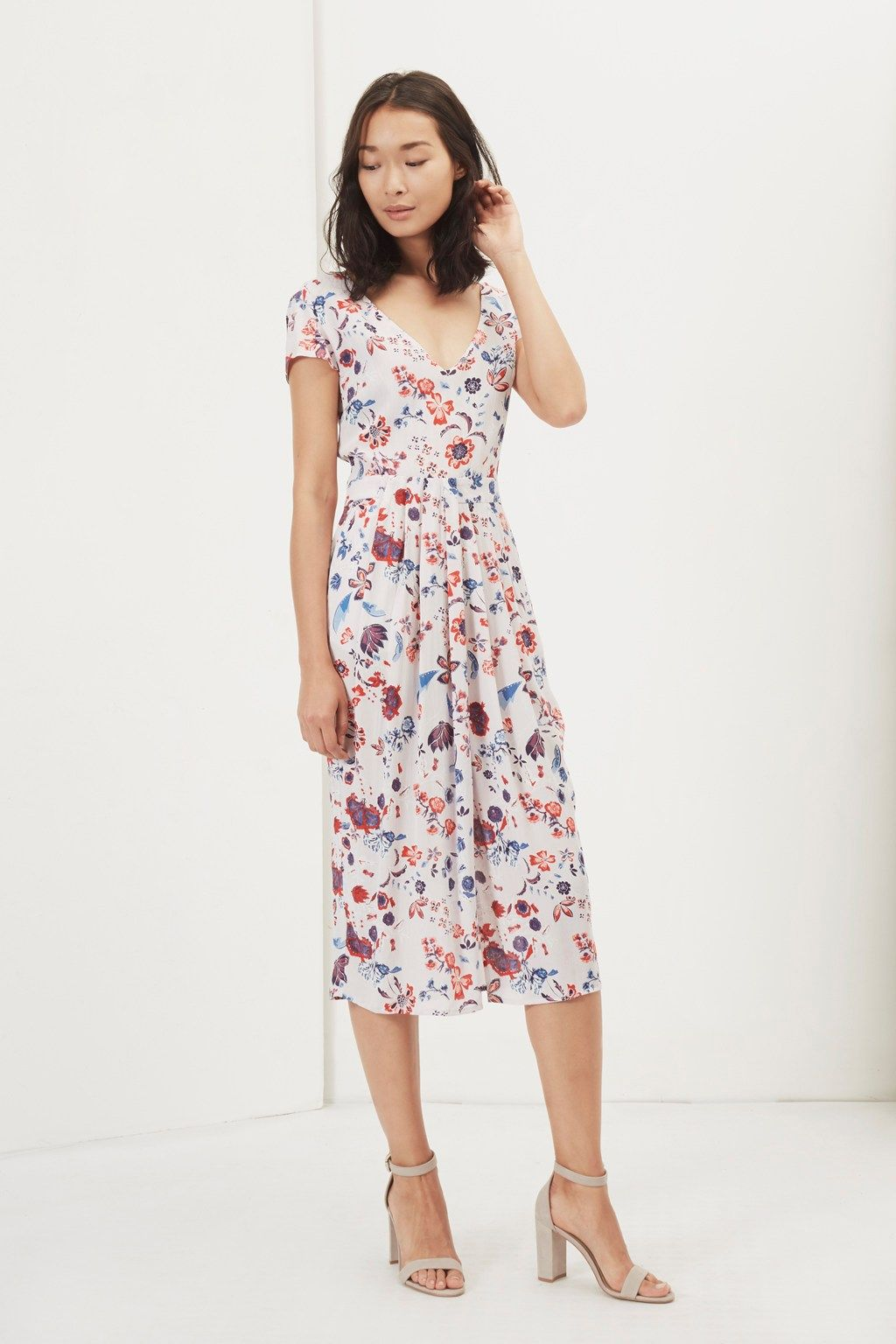2d7cf89b40bf Pin by Natalie Dabin on Dresses in 2018