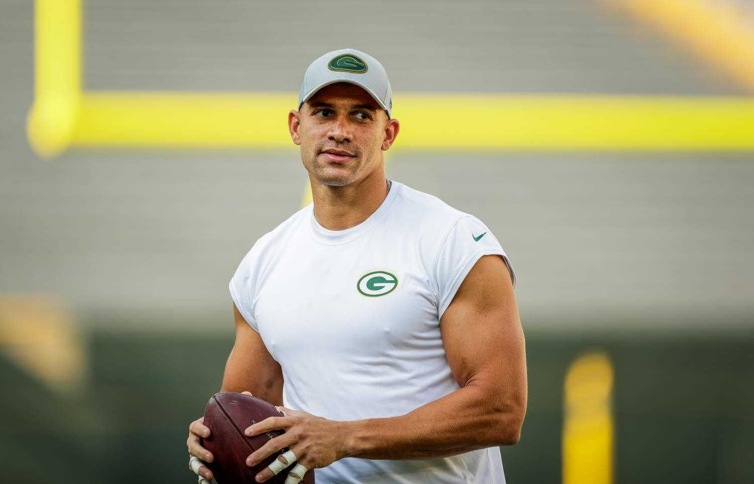 Heaven Jimmy Is A Packer Jimmy Graham Jimmy Athlete