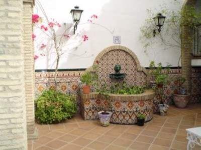 fuente patio trasero jardines en 2019 outdoor wall On fuentes de pared para patios