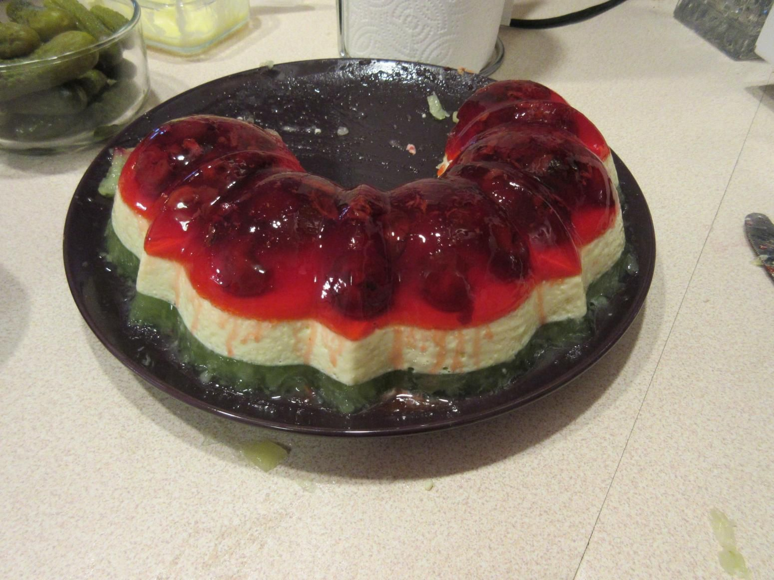Italian Christmas Jello Mold Ring Recipe Jello Mold Recipes Jello Dessert Recipes Jello Recipes
