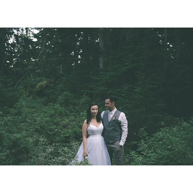 nice vancouver wedding So excited to send off this wedding to these two tomorrow! One of my fav shots of their special day. #jessonphotography #vancouverphotographer #vancouverbride #vancouverweddingphotographer #vancouverbridal by @jessonphotography  #vancouverwedding #vancouverwedding